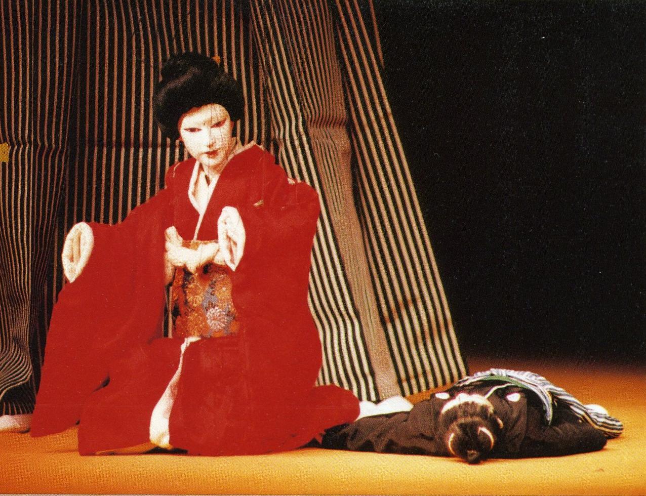 都指定無形民俗文化財(芸能) 糸あやつり 「伽羅先代萩」 ■写真提供:結城座